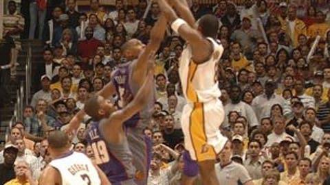 Kobe Bryant sets Suns, 2006 first round
