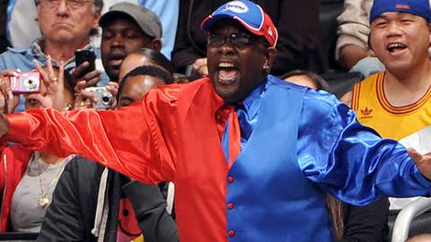 Image: Los Angeles Clippers fan 'Clipper Darrell' (© Andrew D. Bernstein/NBAE)