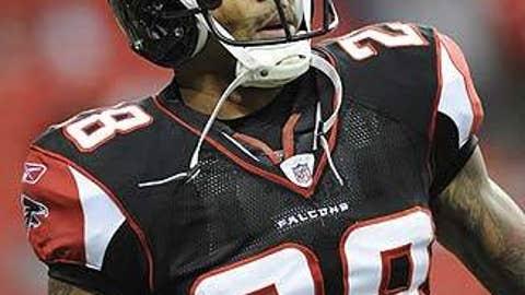 Atlanta Falcons: Thomas DeCoud, No. 28