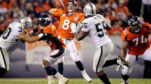 Broncos 20, Raiders 23