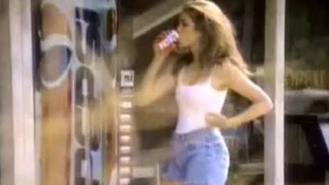 1992: Pepsi — Cindy Crawford