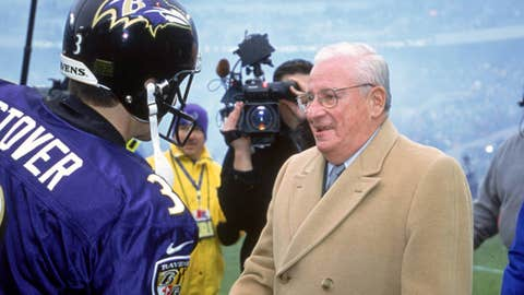 Owner Art Modell of the Baltimore Ravens is Honored for being involved in the NFL for 40 years