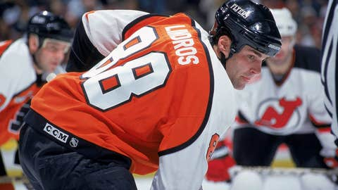 Eric Lindros dropped by Scott Stevens