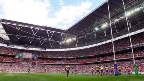 General view of action during the Carnegie Challenge Cup Final match between Leeds Rhinos and Warrington Wolves at Wembley Stadium on August 28, 2010