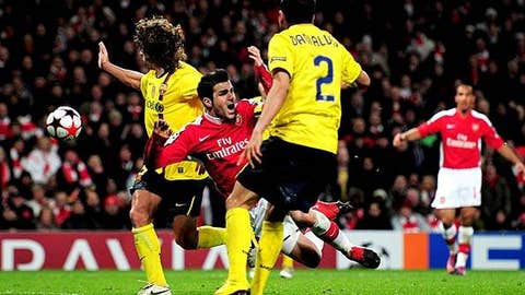 Cesc soldiers on despite broken leg