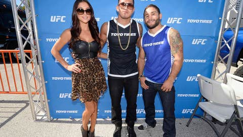 Arianny, Pettis, and Money