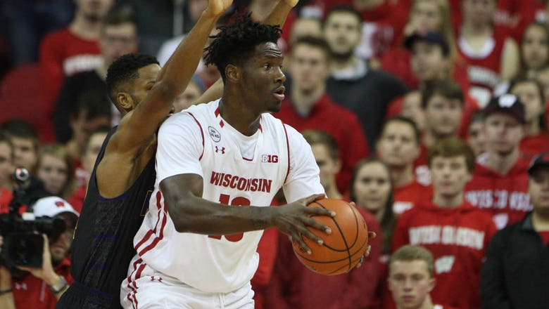 Badgers' Hayes scores season high in win over Prairie View A&M