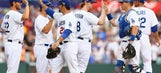 Taking 2 Down Under: Dodgers sweep D-Backs on Aussie trip