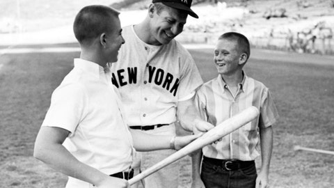 17. Mickey Mantle — 536 HRs