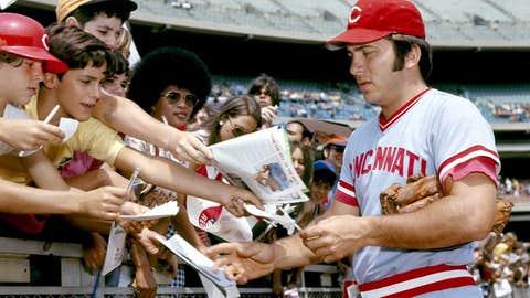 Cincinnati Reds: 1. Johnny Bench — 389 HRs