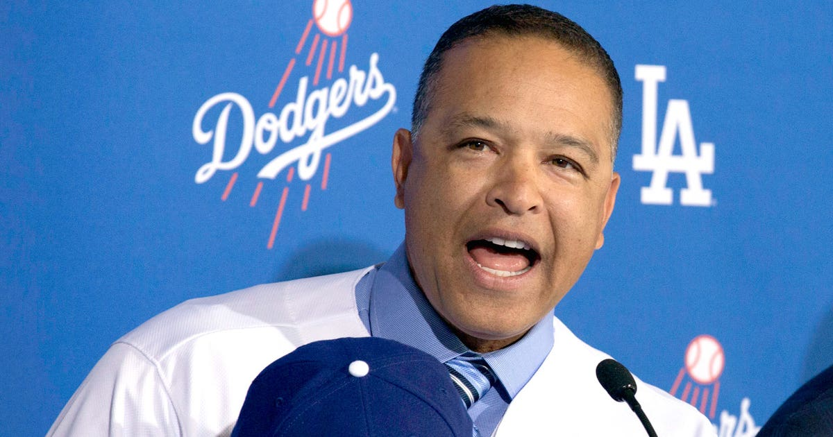 New Dodgers Manager Roberts Announces Coaching Staff Fox
