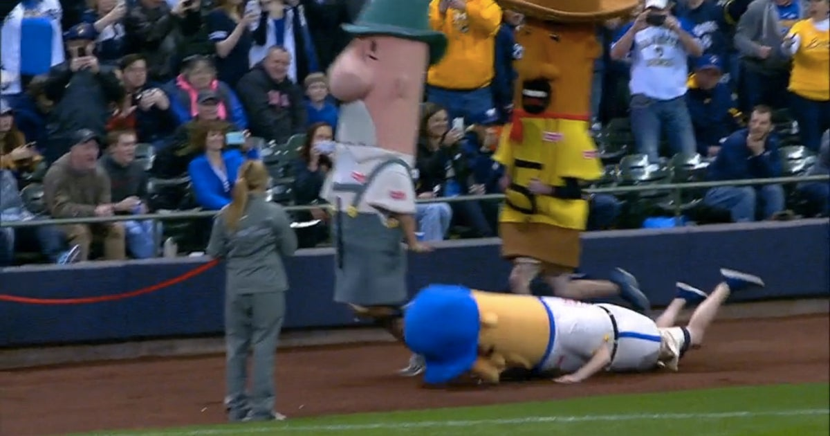 Brewers Sausage Race Ends With Painful Face Plant At