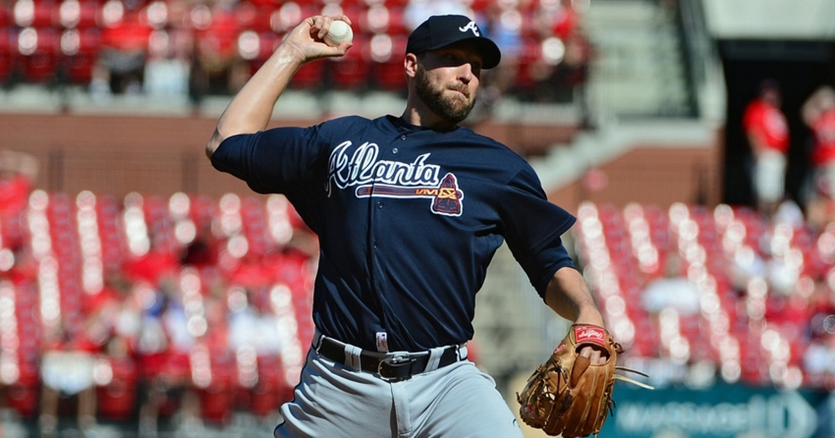 9431914-jim-johnson-mlb-atlanta-braves-st-louis-cardinals.vresize.1200.630.high.0