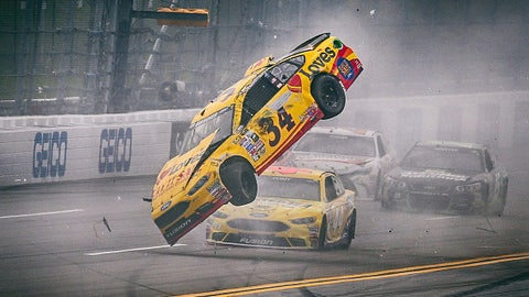 Best Sprint Cup pics on World Photo Day