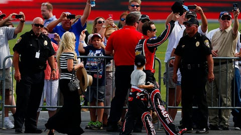Photos: Kurt Busch arrives in Charlotte for Coca-Cola 600