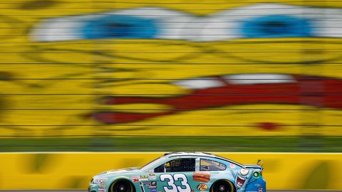 Photos: SpongeBob SquarePants makes a splash in NASCAR at Kansas Speedway