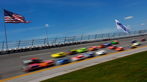 Ricky Stenhouse Jr. earns his first career win at Talladega