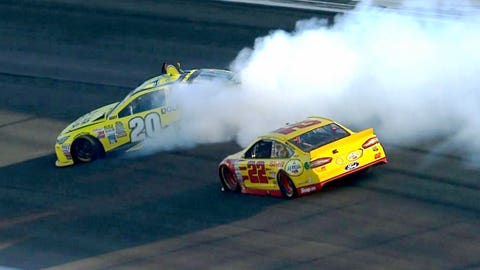 Photos: Relive Sunday's Chase race at Kansas Speedway