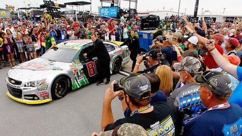 Photos: Sunday's high-stakes Chase-elimination race at Talladega