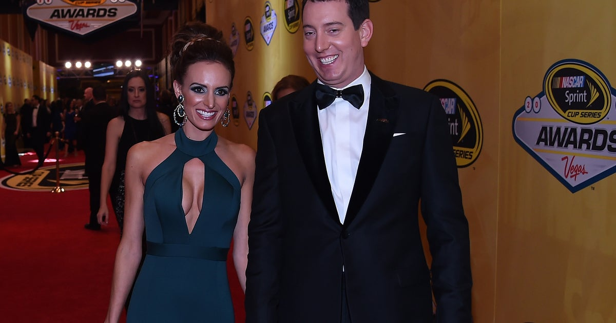 Kyle Busch S Wife Samantha Shows Off Skills At Target