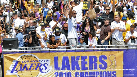 Los Angeles Lakers, 4