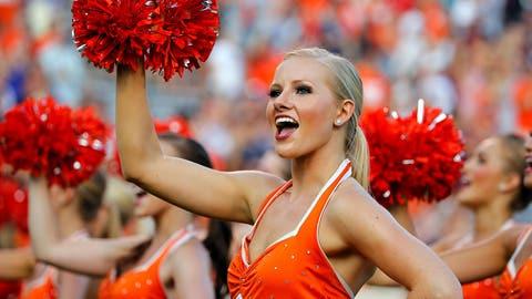 Virginia cheerleaders