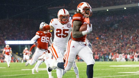 Badgers RB Melvin Gordon rushes for 408 yards against Nebraska to set an FBS rushing record (which lasted for one week)