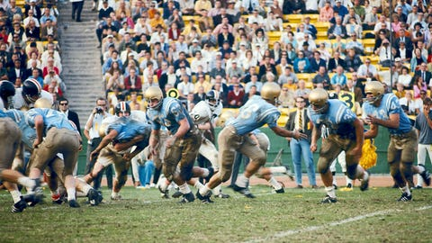 10. 1966 Rose Bowl: No. 5 UCLA 14, No. 1 Michigan State 12