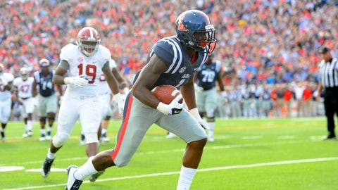 Laquon Treadwell finds the end zone