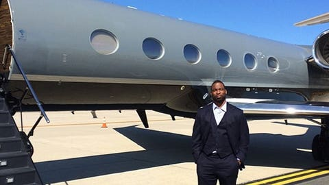 Justin Tuck is traveling like a Raider
