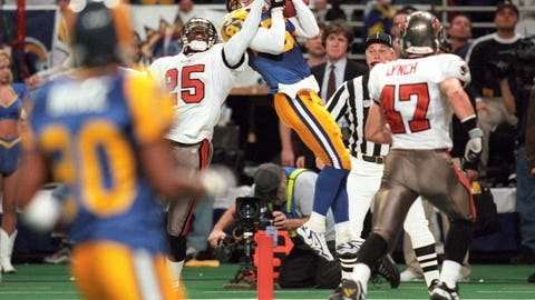 1999 NFC: St. Louis 11, Tampa Bay 6