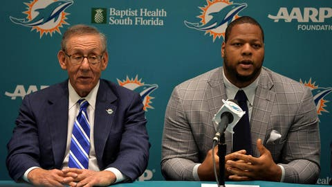 4: Miami wins the Ndamukong Suh derby