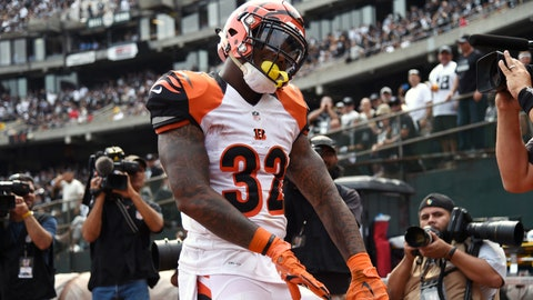 Cincinnati Bengals at Baltimore Ravens, 1 p.m. CBS (705)