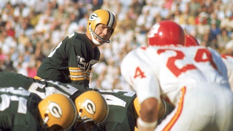 Super Bowl I: Bart Starr vs. Len Dawson