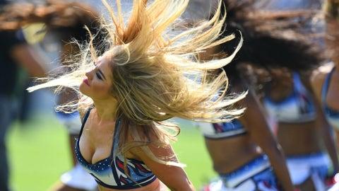 NFL cheerleaders in pictures -- Week 3