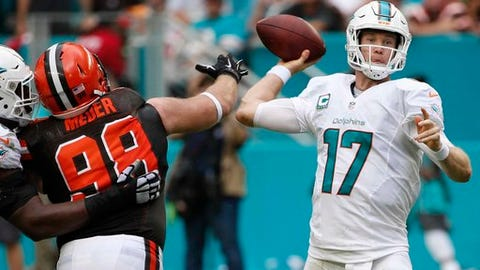 Dolphins: Get Ryan Tannehill outside the pocket