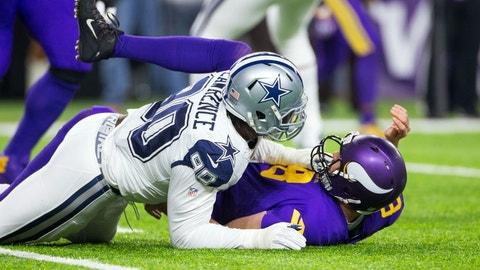 Dallas Cowboys: Defensive end