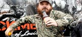 The Fringe: Bubba beaten by caddie and Duck Dynasty star