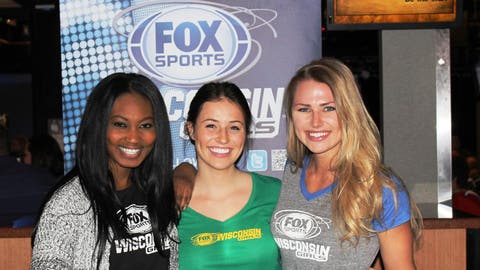 Bishara, Chyna & Sage greet fans at The Fire Pit Sports Bar & Grill as they get ready to cheer the deer.