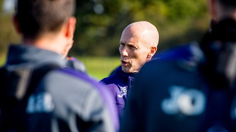 October 3: Bob Bradley is hired