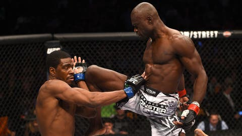 Uriah Hall vs. Derek Brunson