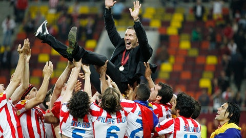 Football - Athletic Bilbao v Atletico Madrid 2012 UEFA Europa League Final  - National Stadium, Bucharest, Romania - 9/5/12 Atletico Madrid coach Diego Simeone celebrates after winning the Europa League Final Mandatory Credit: Action Images / John Sibley Livepic