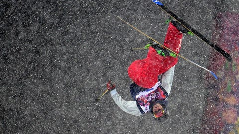 US David Wise celebrates in the Men's Freestyle Skiing Halfpipe finals at the Rosa Khutor Extreme Park during the Sochi Winter Olympics on February 18, 2014.         AFP PHOTO / JAVIER SORIANO        (Photo credit should read JAVIER SORIANO/AFP/Getty Images)