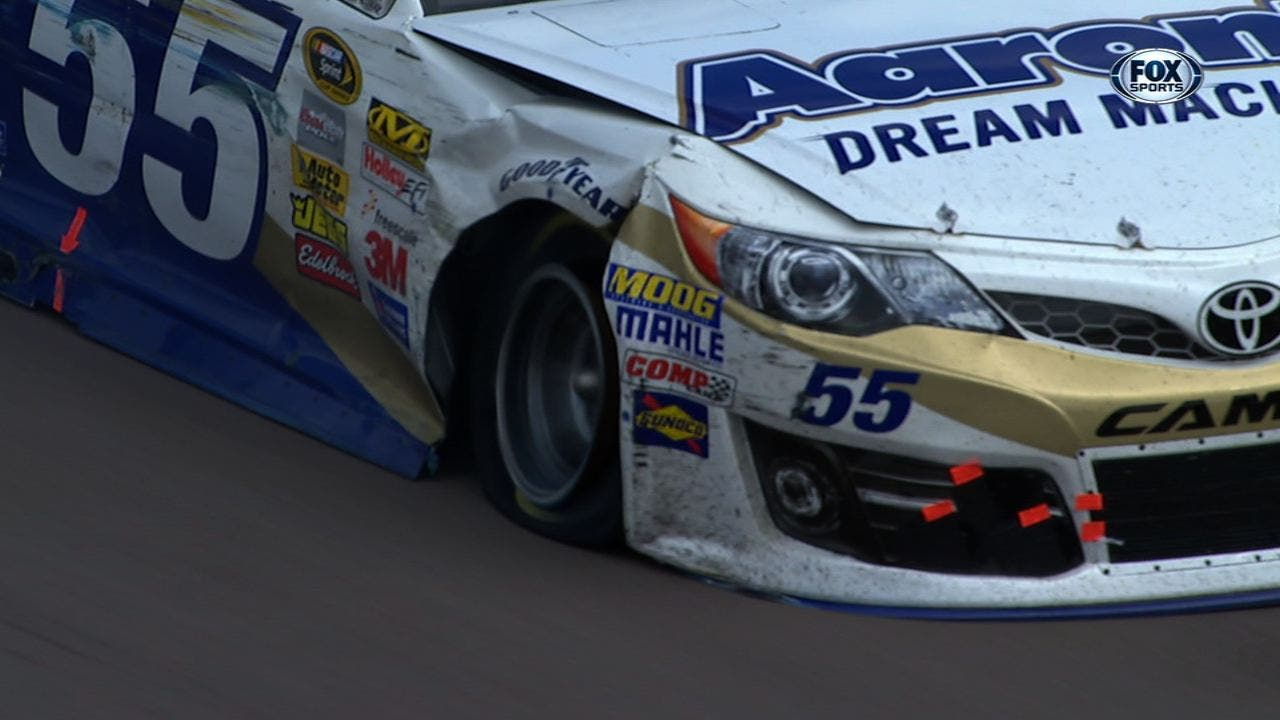 CUP: Brian Vickers Wrecks Taking Lucky Dog – Phoenix 2014
