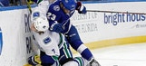 Lightning hold off Canucks