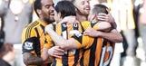 Sunderland blunder leads to Hull's third