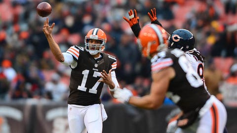 Dec 15, 2013; Cleveland, OH, USA; Cleveland Browns quarterback Jason Campbell (17) throws a pass during the fourth quarter against the Chicago Bears at FirstEnergy Stadium. Mandatory Credit: Andrew Weber-USA TODAY Sports