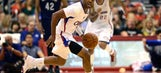 Clippers blow out Pelicans