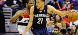 Grizzlies take down Wizards