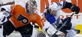 Blues can't hang on to lead, Flyers swoop in for win